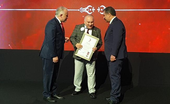 Neutec Kızılay'a yaptığı bağışla platin madalyanın sahibi oldu!