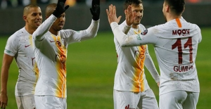 Galatasaray'da ayrılık! Ön protokol imzalamış!