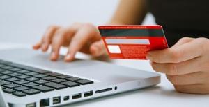 Kredi kartı azami faiz oranları indirildi
