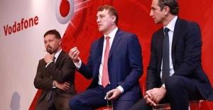 Bilişim yazarından flaş iddia! Vodafone,...
